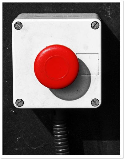 red_button_thumb_1.jpg