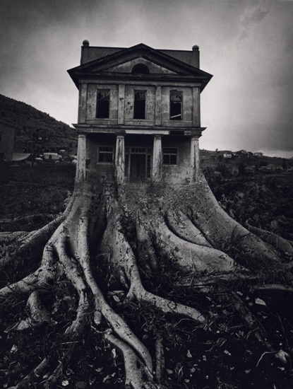 creepy-houses30.jpg